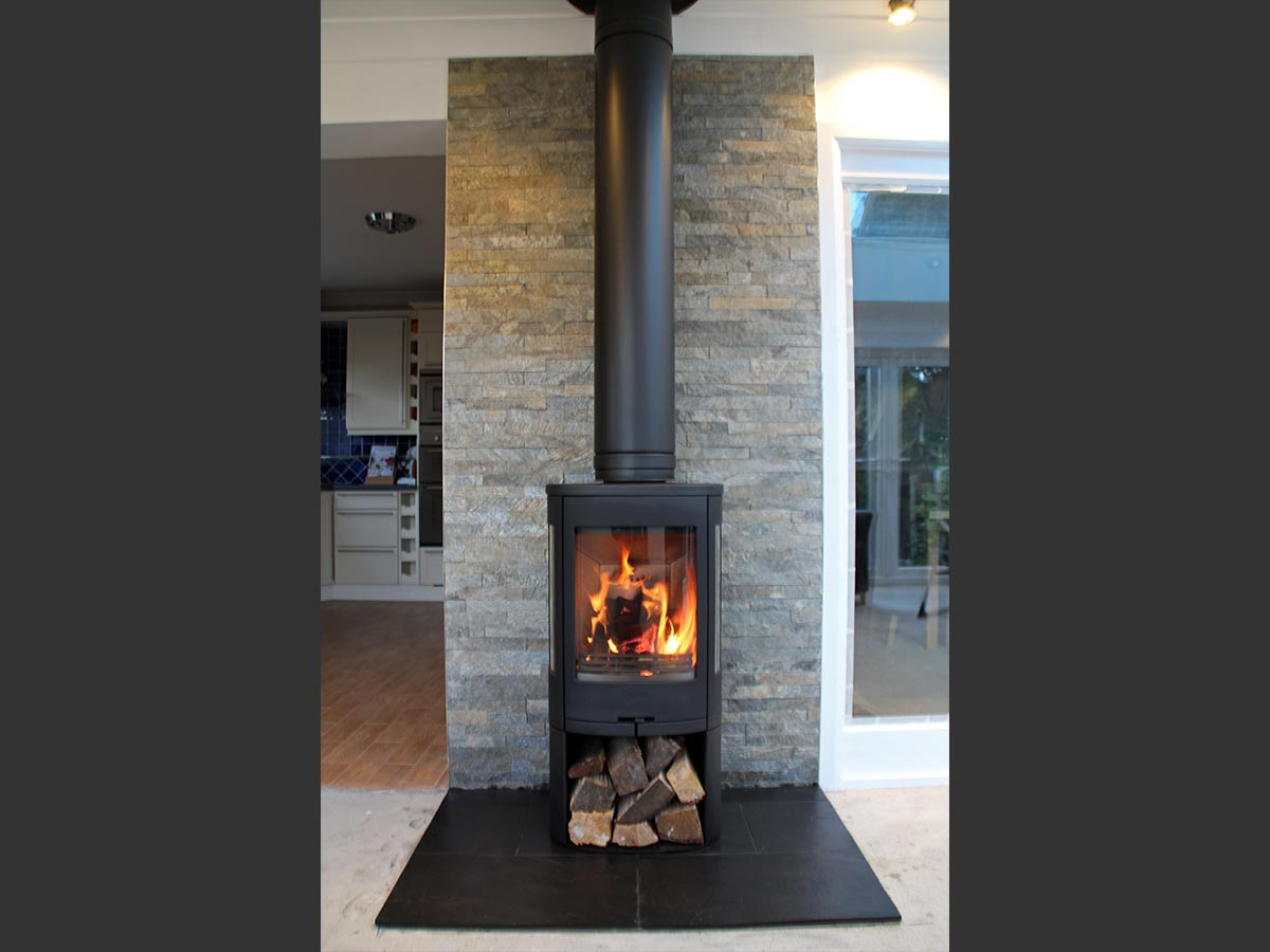 Contura 750 with slate backing