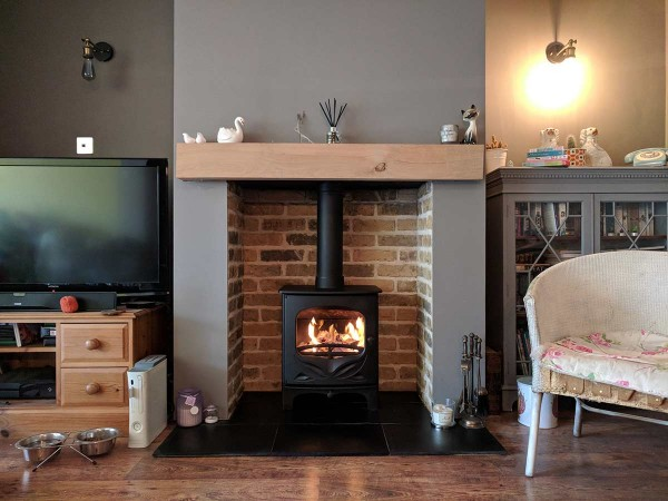 Brick slip chamber fireplace